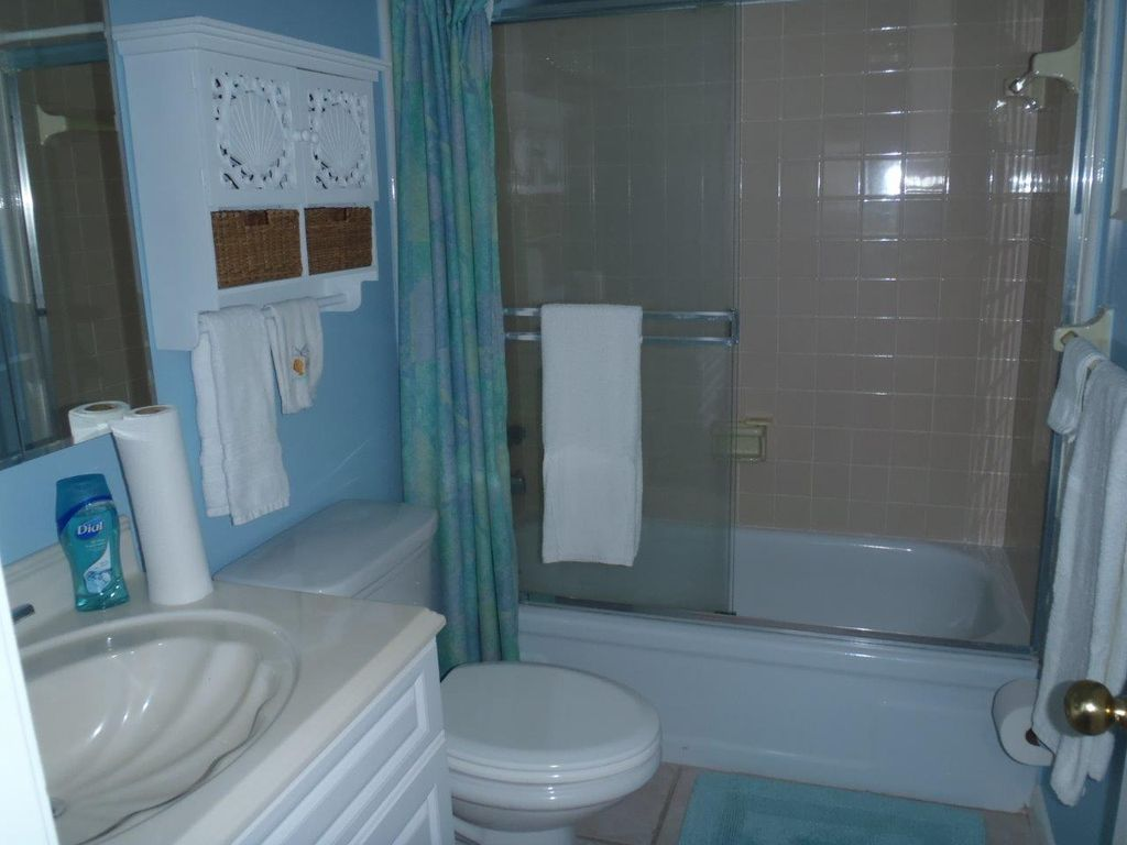 Updated 2bed/2ba with OceanView of the No Drive Beach in NSB!