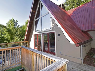 Photo for 4 Bedroom / 3 Bathrooms, Mtn. Views, Hot Tub, Pool Table