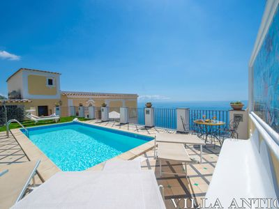 Photo for Ancient villa with fantastic sea view and swimming pool just a few minutes from Positano