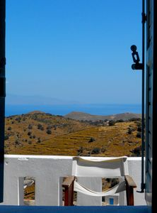 Photo for Traditional villa with breathtaking view in the heart of Kea!