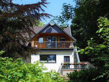 Search 216 holiday rentals