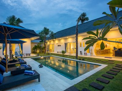 Photo for Charming 3 Bedroom Villa2 Near Seminyak;