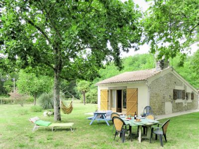 Photo for Vacation home Martinens (LTX100) in Listrac-Médoc - 4 persons, 1 bedrooms