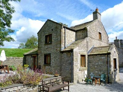 Photo for THE COACH HOUSE, family friendly in Giggleswick, Ref 9165