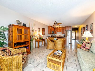 Photo for Cheery Maui Rental w/Gourmet Kitchen, Lanai, WiFi, Flat Screen–Kamaole Sands 8308