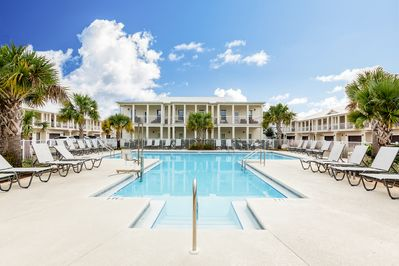 Shared Pool - Make a splash in the shared resort-style pool!