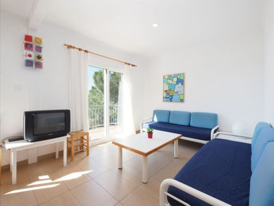 Photo for Apartment Santa Lucía in Roses - 7 persons, 3 bedrooms