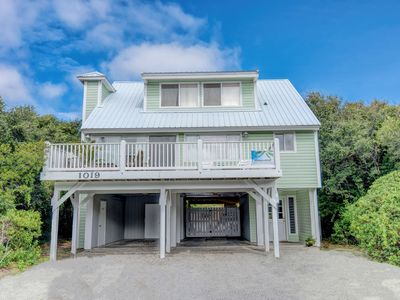 Photo for Perfect Topsail location with Private Pool. Very clean, includes linens.