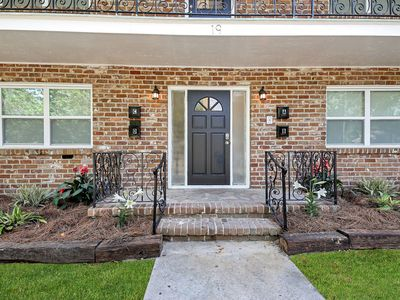 Photo for Remodeled unit, close to everything! First Floor, pet friendly.