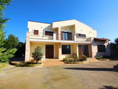 Photo for EXCLUSIVE VILLA IN QUIET AREA - PRIVATE POOL - LARGE GARDEN
