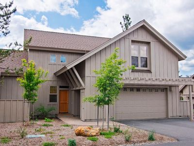 Photo for 47 Fremont Crossing: 3 BR / 3.5 BA townhome in Sunriver, Sleeps 8