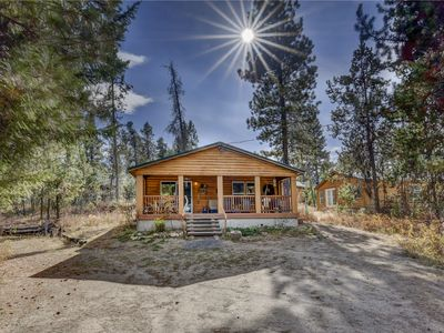 Photo for 2BR Cabin Vacation Rental in Donnelly, Idaho