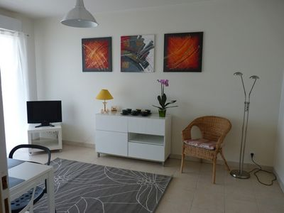 Photo for Nice apartment, air conditioned, pool and terrace