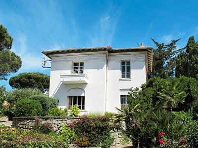 Photo for Holiday home Holiday in Sainte Maxime, Côte d'Azur - 7 persons, 3 bedrooms