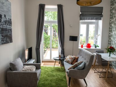 Photo for Cozy City Apartment for 2 with garden