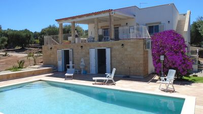 Photo for Beautiful rural villa with private pool, sea view, 4 bedrooms+4 baths+WiFi free