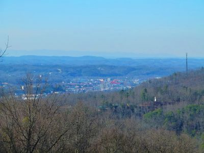Pigeon Forge with the Cumberland mountains in the background