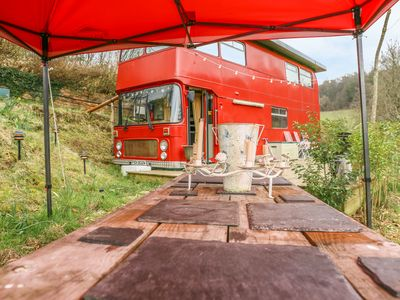 Photo for THE RED BUS - WINTER RETREAT in Newnham-On-Severn, Ref 1013157
