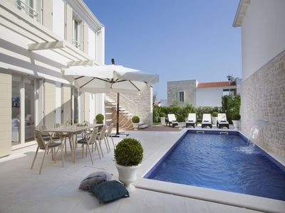 Photo for Exclusive, spacious villa Frida with barbecue, private pool, next to Porec