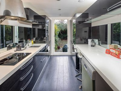 Photo for Spacious Luxury 3 bed in Chelsea