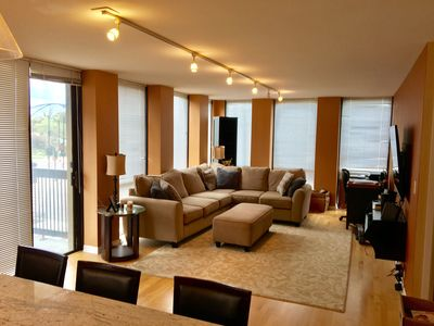 Photo for 2 Bed 2 Bath Condo In River West