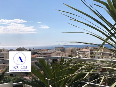 Photo for Walk to Beach, DIRECT SEA VIEWS, Luxe, xlarge terrasse, Piano, Garage, 3 Beds