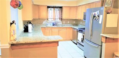 Photo for Large, cozy 3 BR, 2 Bath apartment in The Heights, Jersey City, close to NYC