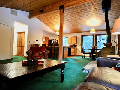 Photo for Cozy PET FRIENDLY Cabin w/ 3 Queen Beds - No Pet Fee
