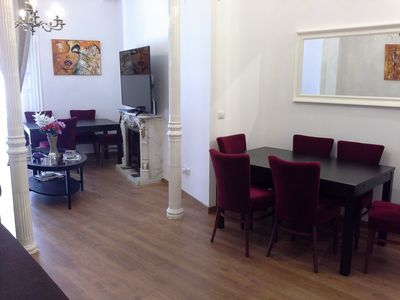 Photo for 2-16. The courts. Sun. Madrid center. Nice apartment 160m2. Bright. WIFI. AA / C