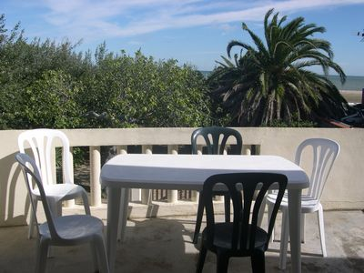 Photo for 11 Rent T2 furnished with private parking - beach 50 meters - La Franqui 11370