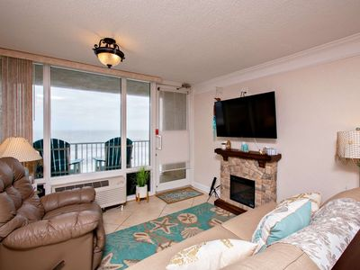 Photo for Exquisite & Completely Remodeled, OceanFront & Rare 1 Bedroom Pirates Cove Unit - FREE HBO & WIFI!