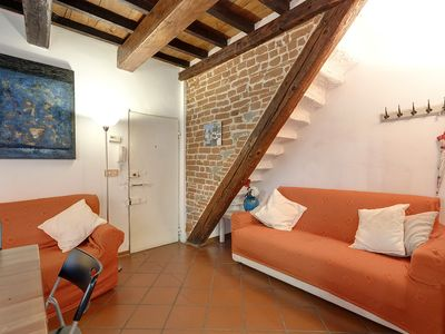 Photo for Elegant apartment in the historic center of Florence (max 4 perosne)