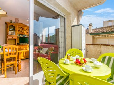 Photo for Apartment El colibrí II  in Roses, Costa Brava - 4 persons, 2 bedrooms