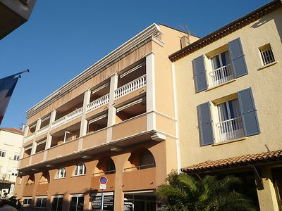 Photo for Apartment FREDERIC MISTRAL in Sainte Maxime - 4 persons, 2 bedrooms