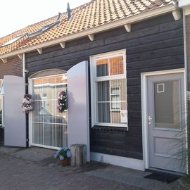 Search 604 holiday rentals