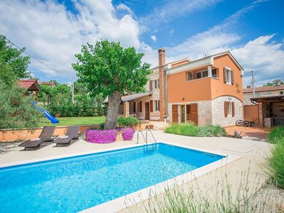 Photo for Holiday house Dracevac for 4 - 6 persons with 3 bedrooms - Villa