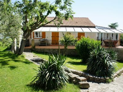 Photo for Holiday villa rental with pool near Uzès - South France