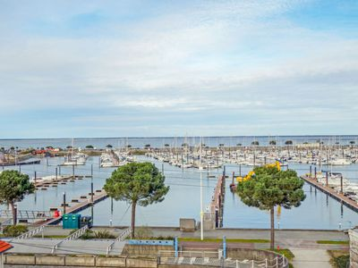 Photo for Apartment Grand voile in Arcachon - 6 persons, 2 bedrooms