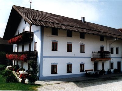 Photo for Near Chiemsee: Family friend. Holiday on the 4 star farm, 3 bedrooms.