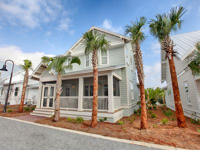 Photo for BEACH FUN READY! 6 Seater Golf Cart Included! Pool, The Hub & More!