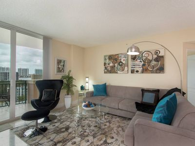 Photo for Stylish Modern  2bd/2bth Apt. min to beach
