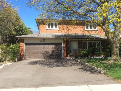 Wondrous Toronto 4 Bedroom House Spacious Clean Beautiful Private Convenient Location Scarborough Home Remodeling Inspirations Basidirectenergyitoicom