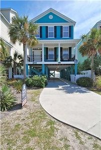 SANDERLING, 5 Bedroom, 5 Bath, Oceanfront, Private Pool and Beach Walkover!
