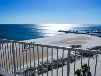 Gorgeous Views Suite w/ WiFi, Balcony, Resort Pool & Fitness Center Access