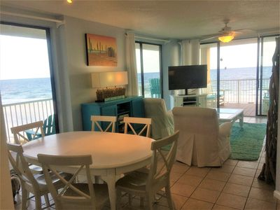 Sugar Sand Dream...floor to ceiling sliding glass doors to the Gulf of Mexico!