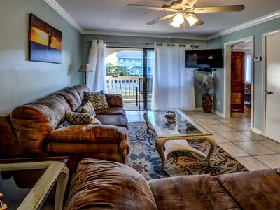 Photo for ISLAND LIFE IN THE HEART OF GULF SHORES  BAY VIEWS & ACROSS THE ST FROM BEACH