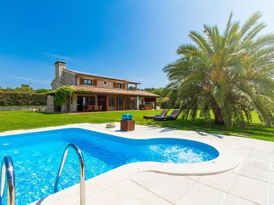 Photo for Beautiful Villa with large garden near the sea