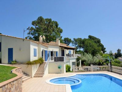 Photo for HOLIDAY VILLA 4 BEDROOMS 2 BATHROOMS PRIVATE POOL GARDEN FREE WIFI AIRCO PARKING