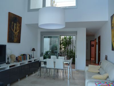 Photo for Beautiful house near the beach of La Barrosa for 12 people.