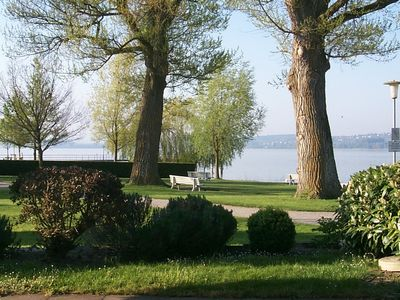 Photo for Directly on the lake, swimming, boat landing to the island Mainau, Radrundweg